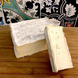 Saporoso di bufala Camembert italiano